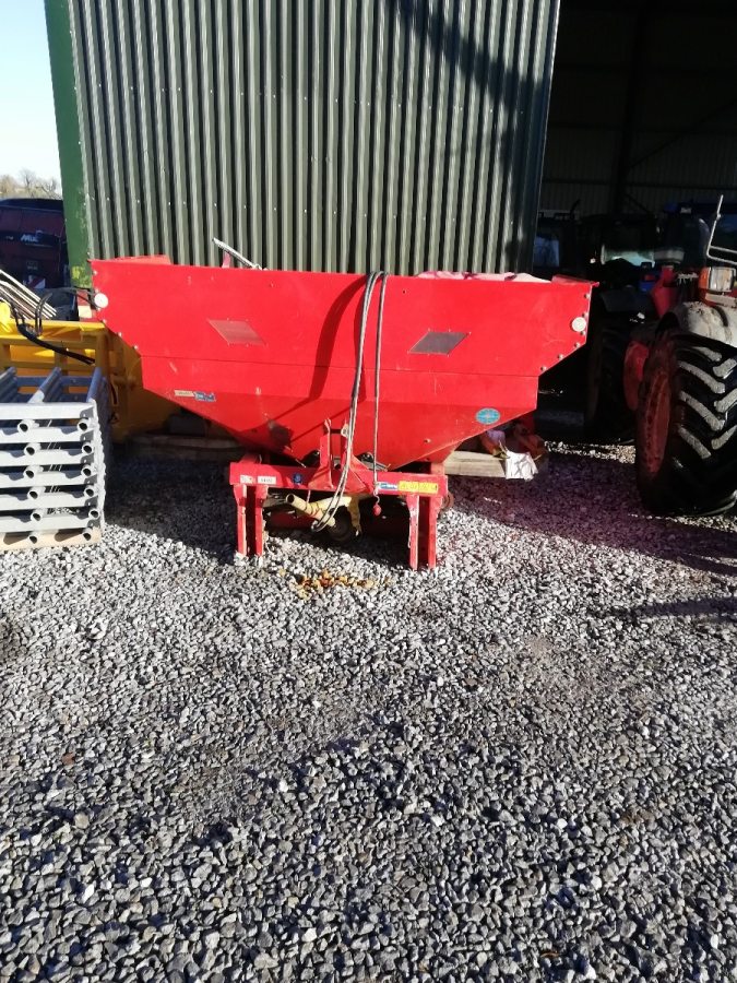 Kuhn Rauch MDS191 Fertilizer Spreader