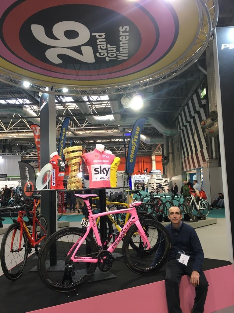 A few photos from the cycle show @ the NEC Birmingham Spot the Tour de France winning Bicycle # Chris Froome