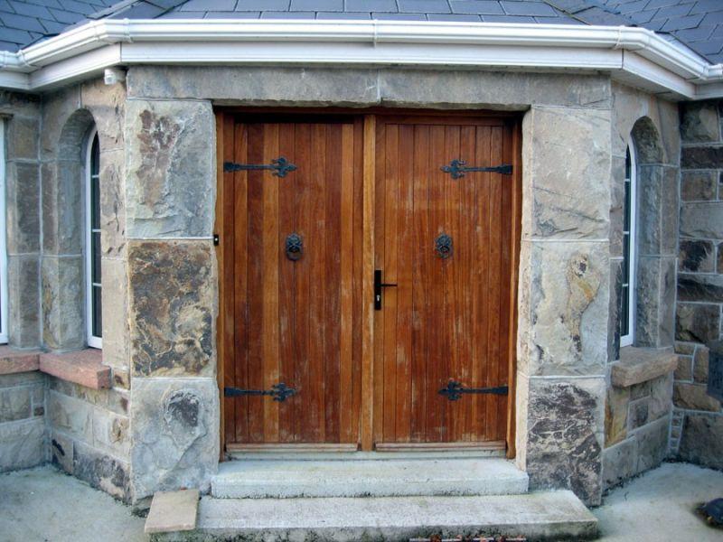 stone_entrance
