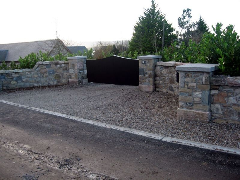 stone_entrance_house