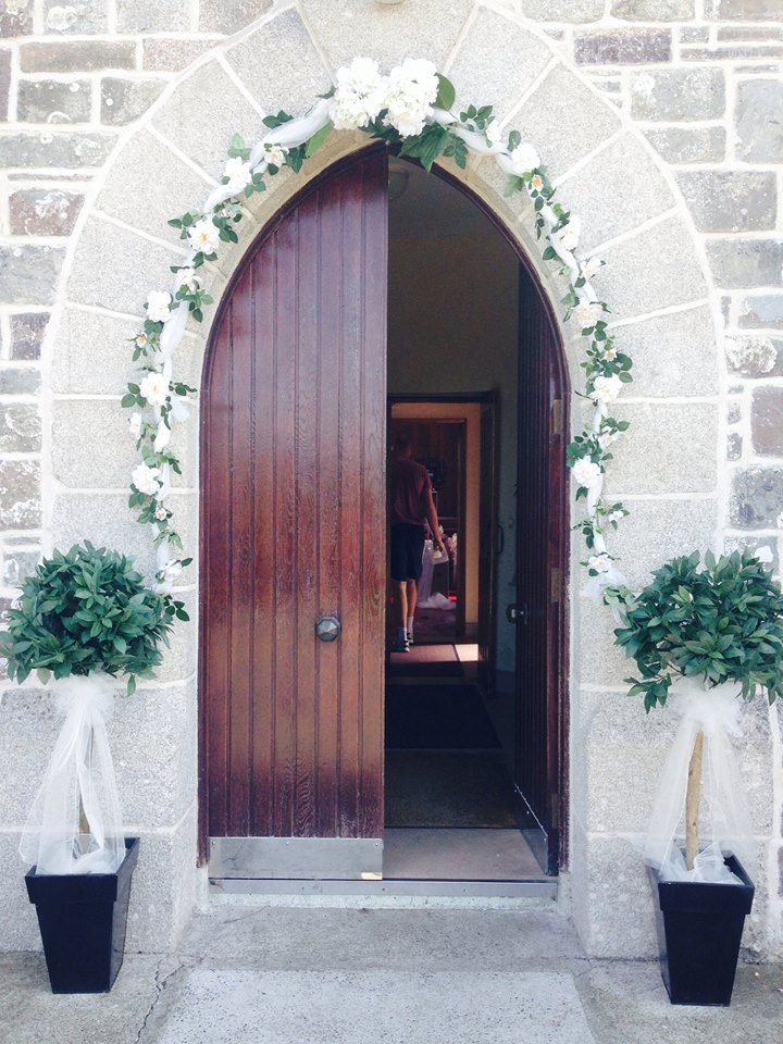 Church Arch - Available to hire