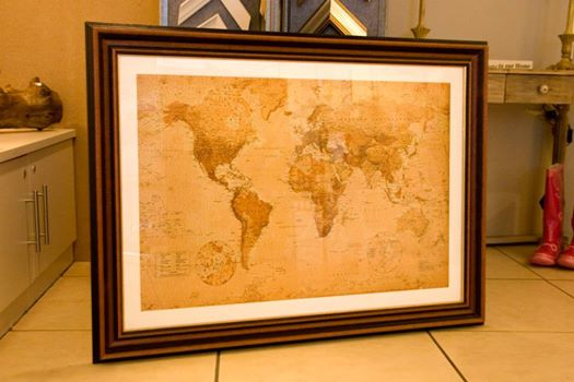 large world maps available