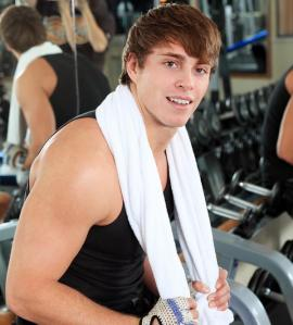 bigstock-Sporty-man-in-the-gym-centre--13157609